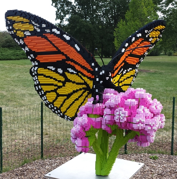 The Butterfly on Milkweed - 39,708 blocks // 425 Hours