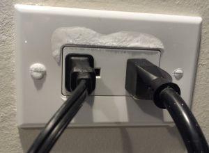 frozen-outlet